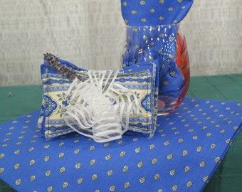 Cotton Napkins.Set of 2-4-6-8-10-12 .Napkins set..Choose the color. Esterel allover,fabric from Provence, France.Blue or Terra cotta
