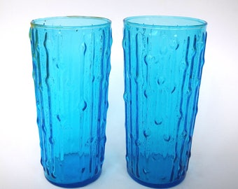 Pair of Large Turquoise Blue Anchor Hocking Large Tumblers with Tree Bark Texture