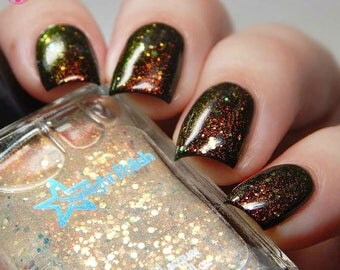 Phoenix Aurora Iridescent Color Shifting Glitter Shimmer Effect Top Coat Nail Lacquer Starlight and Sparkles Polish Red to Green Unicorn Pee