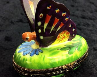 Limoges France Peint Main Hand Painted Butterfly Catepillar Floral China Paint Porcelain Trinket Box