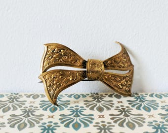 Antique Bow Brooch Brass Pressed Metal Curved Lapel Pin Ribbon Jewelry Girl Friend Sister Her Wife Girlfriend Aunt Cousin Pretty Gift