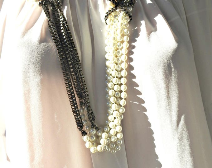 STATEMENT NECKLACE white black, black white necklace pearls. statement jewelry for women, GIFT-for-her necklaces, gift-for-mom birthday