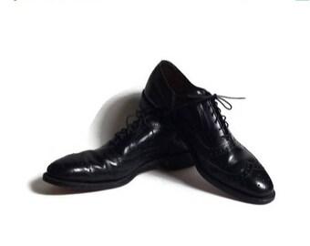 Allen Edmonds, wingtip shoes, Allen Edmonds McAllister shoes, made in USA, size 8.5 AA, mad men shoes, black leather wingtip shoes, wing tip