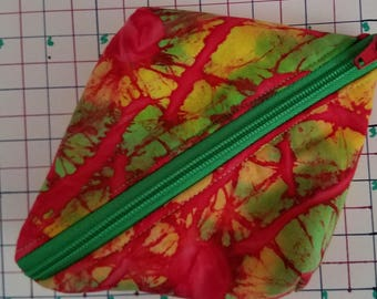 Large Zipper Pod. Cosmetic, Small Item Pouch. Green Zipper, Red Pull.