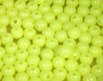 10 yellow plastic beads 8mm round