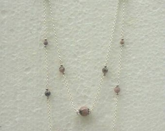 Necklace 2 rows in pearls rhodonite pink