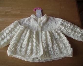 Cream matinee coat 0-6 months