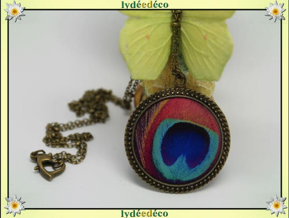 Necklace turquoise blue Peacock feather vintage retro pink resin and brass Locket 25mm heart clasp ball chain