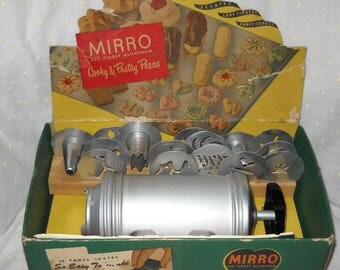 Mirro Aluminum Cooky and Pastry Press Circa 1950's Cookie Press in original box