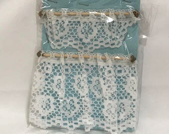 Dollhouse Miniature Lace Curtain Wooden Rod