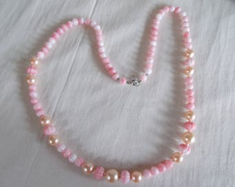 Vintage Plastic And Glass Pink Beaded  Necklace // 14