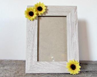 Sunflower Picture Frame- 4x6, 5x7 or 8x10- Sunflower Photo Frame- Sunflower Decor- Sunflower Nursery- Sunflower Baby Shower- Sunflower Gift