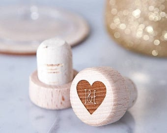 Personalised Heart Wine Bottle Stopper -  Wooden Wine Stopper - Personalised Stopper - Wedding Favour - Wine Lover Gift - Wedding Favours