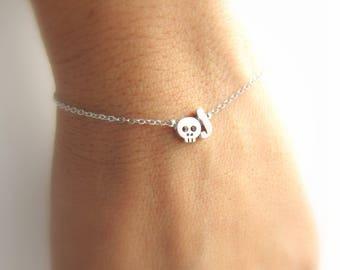 Skull Bracelet//Initial Bracelet//Skull Jewelry//Halloween Jewelry//Halloween Bracelet//Silver Rose Gold or 16k Gold Plated//Halloween Gifts