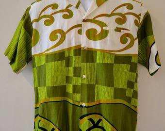 1960's Vintage Flower Print Green Orange White Block Print Bark Cloth Cotton Hawaiian Tropicana Shirt  Mens Medium