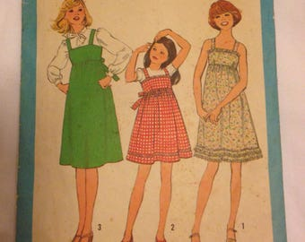 Simplicity Pattern 8362 for Girls Dresses