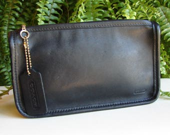 Coach Vintage Chunky Black Leather Cosmetic/Makeup Case