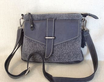 Vintage ROOTS Canada gray leather cross body messenger bag