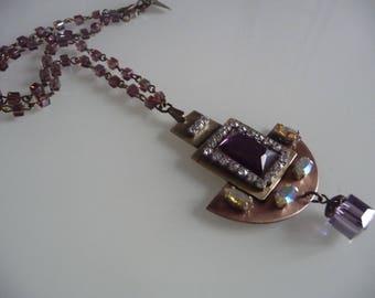 Tribute necklace has art deco