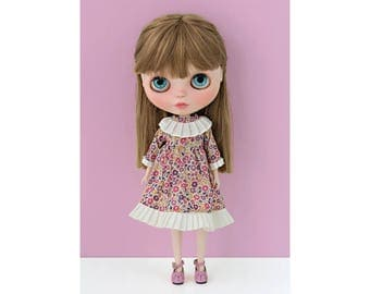 Classic dress No. 1 for Blythe doll