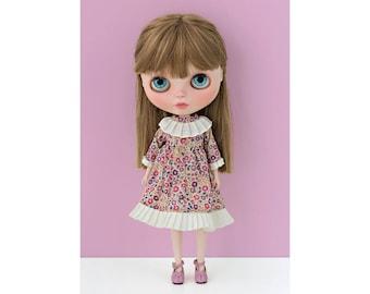 Classic dress No. 1 for Blythe doll