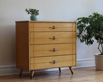 Mid Century Modern Atomic Dresser