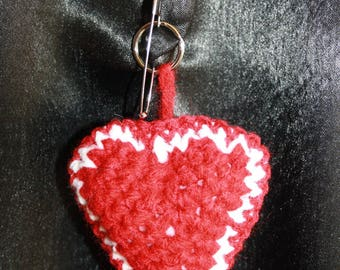 little my little heart 16 keychain