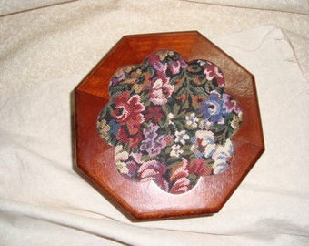 Vintgae  Jewelry Trinket Box Wood