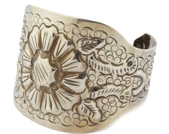 Vintage Mexican Sterling Silver Repousse Floral Cuff Maciel Signed