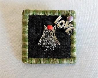 Love Owl Fabric Pin