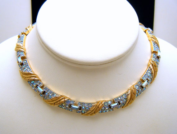 Stunning Crown Trifari Vintage Necklace Lt Blue AB Rhinestones Gold Tone
