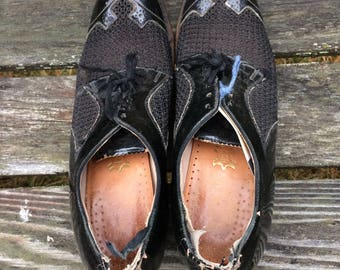 antique nun shoes, low heel, size 6.5