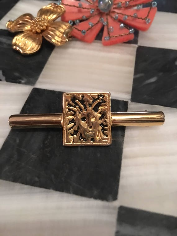 Classic Signed Lion Logo Anne Klein Goldtone Bar Pin Brooch