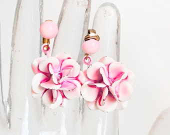 Vintage 1960s Pink Enamel Flower Earrings, Hippie Flower Power Metal Jewelry Dangle Clip On Earrings