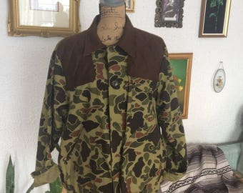 Vintage black sheep camo hunting coat