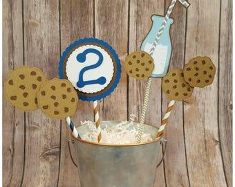 Milk and Cookies Centerpiece
