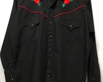 Vintage Ely Rose Embroidered Shirt in size L
