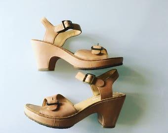 Clarks Originals leather tan clog shoes