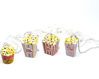 Popcorn necklace,Movie popcorn necklace,Movie night necklace,Miniature food necklace,Polymer clay necklace