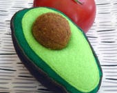 Felt Food, Focus Toy, Play Kitchen, Avocado, Pretend Food for Toddlers, Play Toys, Play Food, Fidget Toy, Sustainable, Removable Seed