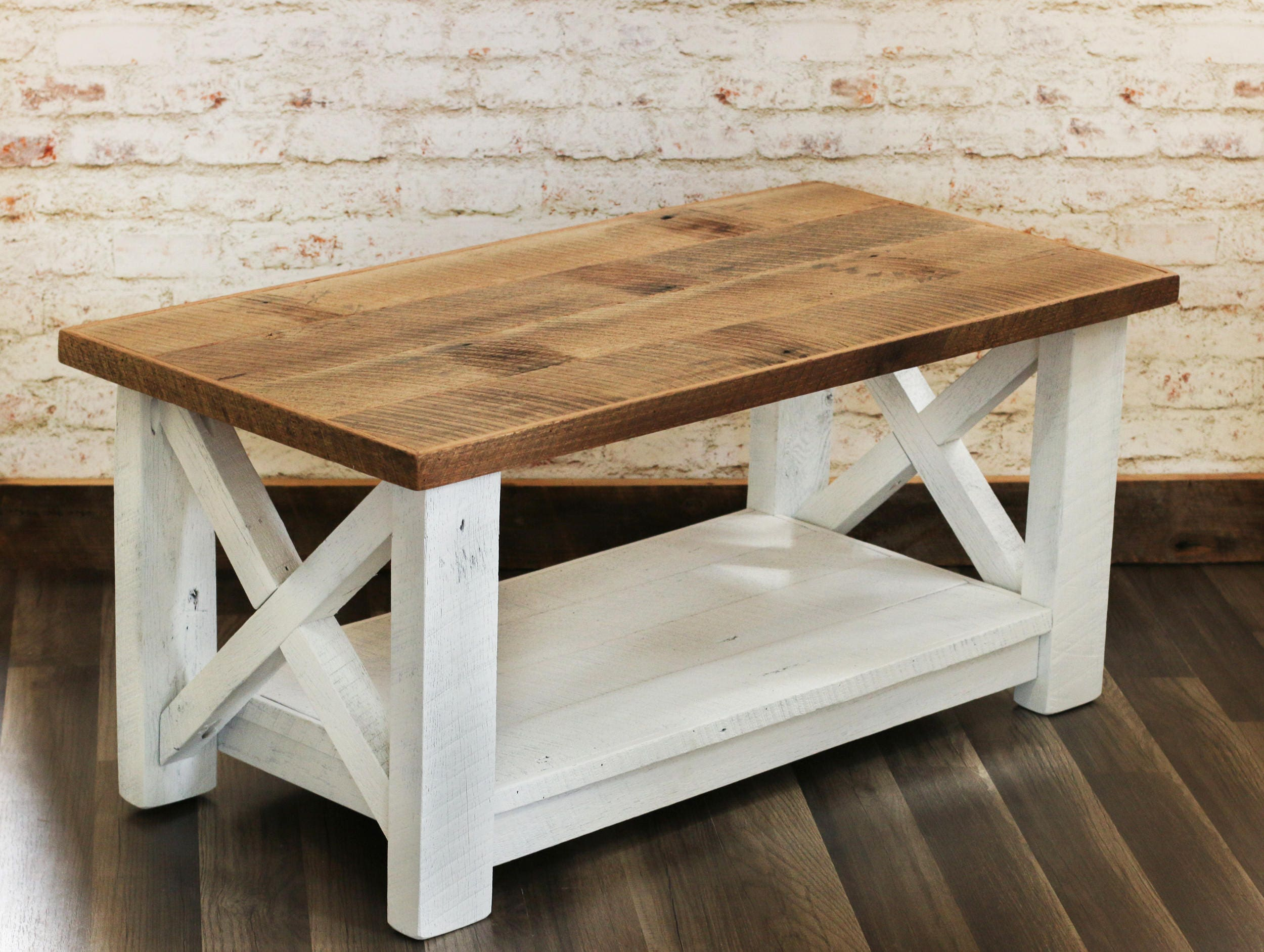 Farmhouse Coffee Table Made from Reclaimed Wood X Detail