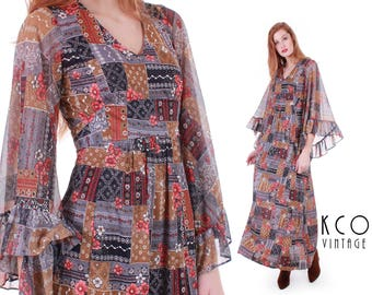 "70s Boho Dress Angel Sleeve Dress 70s Maxi Dress Hippie Patchwork Dress Festival Dress 70s Vintage Clothing Women's Size XS / SMALL 34"" bust"
