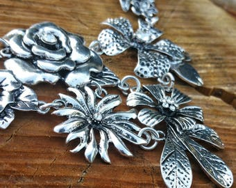 Boho necklace ethnic flowers, Rhinestones, silver plated metal neck Choker trend