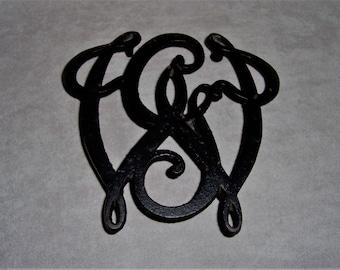 Vintage Black Cast Iron Trivet Virginia Metalcrafters George Washington Cypher Monogram Bicentennial