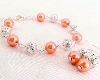 Coral Bracelet, Coral Jewelry, Coral Bridesmaid Jewelry, Coral Pearl Bracelet, Wedding