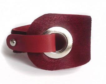 Leather bracelet burgundy EYElet