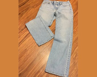 "Ann Taylor LOFT Jeans, Faded Blue, Mid-Rise (9""), Boot Cut, 30 Waist 30.75 Length, Size 4, 5-Pocket Styling, Designer Jeans, Frayed Leg Hem"