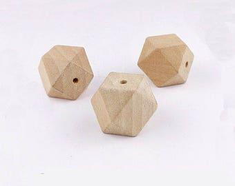 5 x beads 30mm natural wood geometric