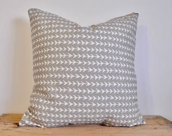 Grey arrow design throw pillow cover