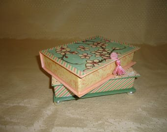 Dogwood Stack of Two Books - Jewelry Box